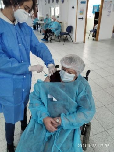 sed molina primera vacuna 19